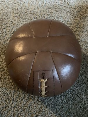Vintage Everlast Leather 8 lb Exercise Training Weight Medicine Ball for Sale in Auburn, WA