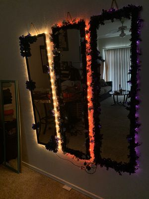 Wall mirror for Sale in Fort Worth, TX