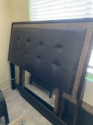 Bedroom set almost new **Includes everything for Sale in Phelan, CA