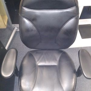Executive Black Office Chair for Sale in Alhambra, CA