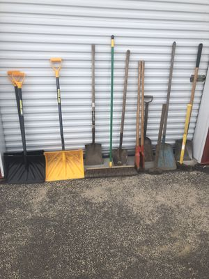 Landscaping gardening tools for Sale in Plainville, MA
