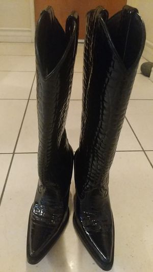 Leather crocodile knee high hand made boots, Fendi inspired for Sale in Santa Monica, CA