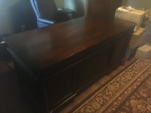 Executive Desk for Sale in Ouray, CO