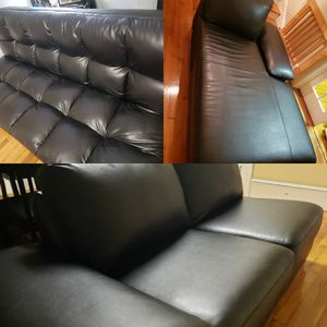 Black leather sectional for Sale in Madison, NC