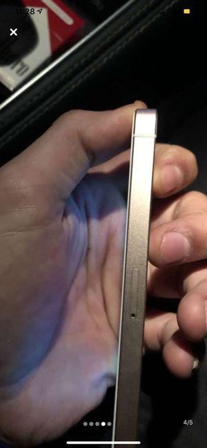 iPhone 5 se 64 GB for Sale in New York, NY