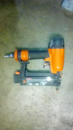 Ridgid brand staple gun with carrying case and staples included for Sale in Pomona, CA