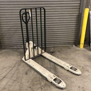 Pallet Jack Forklift Crown for Sale in Henderson, NV