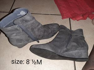 Women's boots for Sale in Gainesville, FL