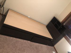 Twin bed frame with book storage for Sale in Auburn, WA