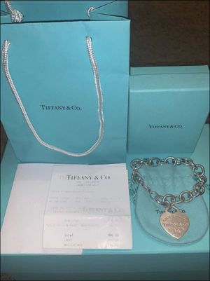 XLarge Tiffany & Co Heart Tag Bracelet for Sale in Murrieta, CA