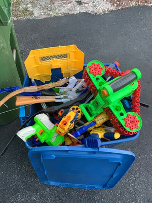Bin full of nerf and other guns, and bow/arrow for Sale in FL, US