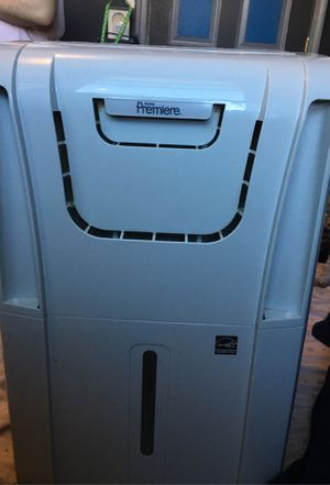 Danby Premiere Dehumidifier with hose for Sale in Riverdale, MD