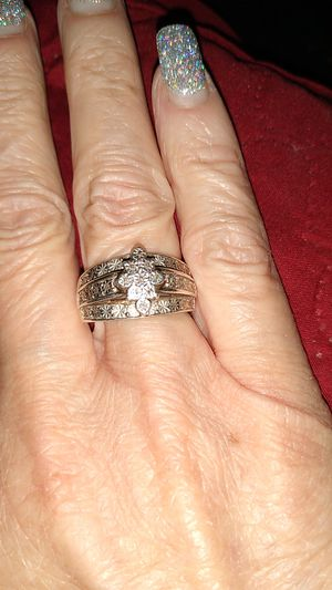 Woman's size 7 Wedding Silver Ring with accent diamond chips size 7 for Sale in Santee, CA