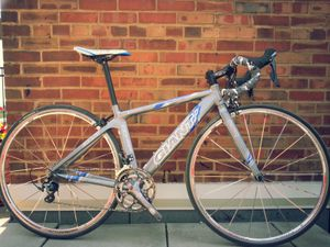50cm, road bike, Giant, TCR-aero, brandnew shifters/dérailleurs for Sale in Chicago, IL