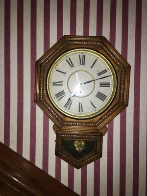 Antique Waterbury 8 day wall clock for Sale in Dallas, TX