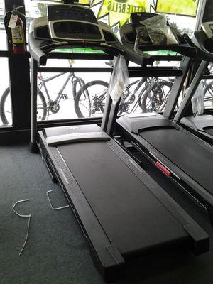 NordicTrack z 1300i treadmill for Sale in Renton, WA