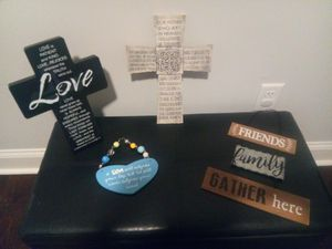 FREE Wall Decor with purchase for Sale in Blythewood, SC