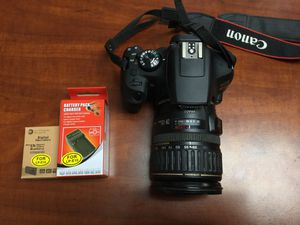 Canon EOS Rebel T6 18.0MP DSLR Camera with 28-135mm Lens for Sale in Lindenhurst, NY