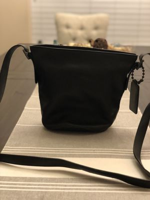 Coach black leather purse for Sale in Austin, TX