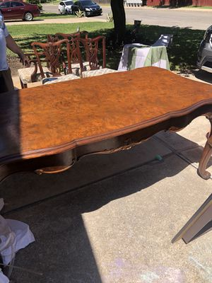 Formal Dining Table and 4 chairs for Sale in Hutto, TX