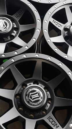 Jeep Wheels Set 17 Inches 5 Lug New Icon Rims for Sale in Menifee,  CA