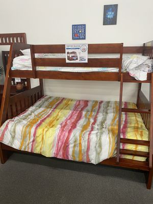 MUST GO!!! Used Bunk Bed w/ 2 night stands and Tall dresser for Sale in Miramar, FL