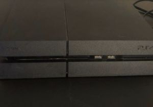 PS4 WITH GAMES, PS4 PLATINUM HEADPHONES, CONTROLLER for Sale in Patterson, CA