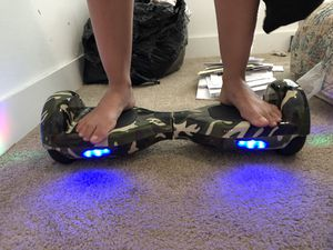 Hoverboard Bluetooth, brand new with lights for Sale in Kissimmee, FL