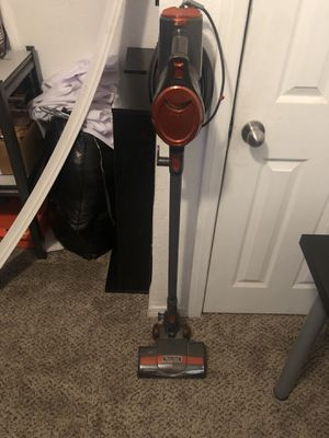 Shark vacuum for sale for Sale in Fontana, CA