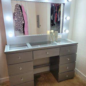 New Makeup Vanity for Sale in San Antonio, TX