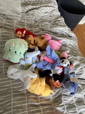 Lot of stuffed animals for Sale in Lake Worth, FL