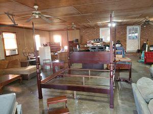 Bombay furniture king size bedroom set for Sale in Julian, NC
