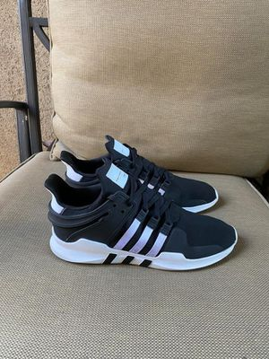Adidas size 13 adulto for Sale in Riverside, CA