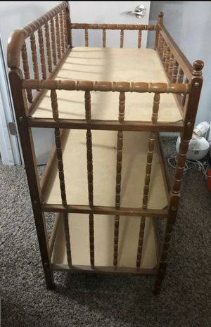 Born baby diaper change table for Sale in Lewis Center, OH