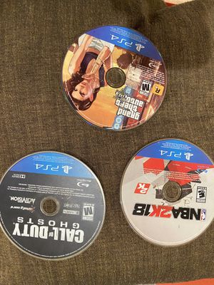 PS4 games and controller for Sale in Oxon Hill, MD