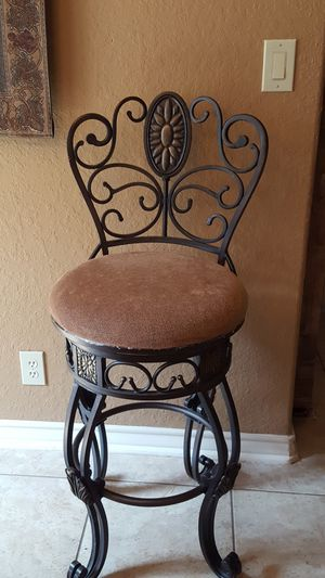 2 Bar Stools for Sale in Spring Branch, TX