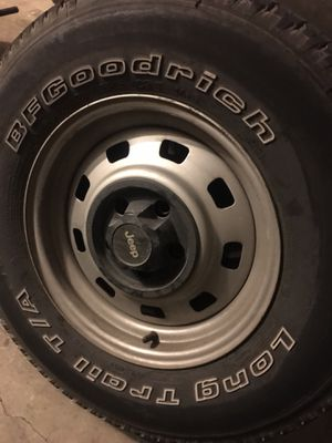 225/75R15 BFGoodrich long trail T/A set of jeep rims and tires for Sale in San Antonio, TX