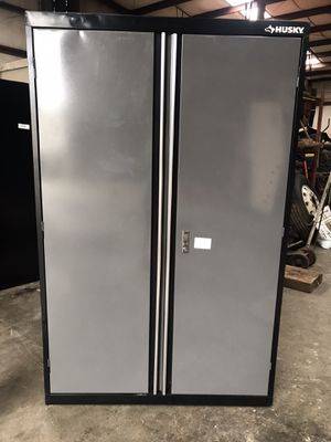 72in H x 46in W x 24in D Husky Metal Cabinet $300.00 for Sale in Fulton, MS