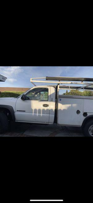 2002 CHEVROLET SILVERADO 2500 SINGLE CAB LONG BOX 2WD for Sale in Los Angeles, CA