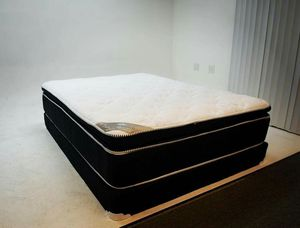 New Royal Touch Memory Foam Pillowtop Queen Size Set for Sale in Corona, CA