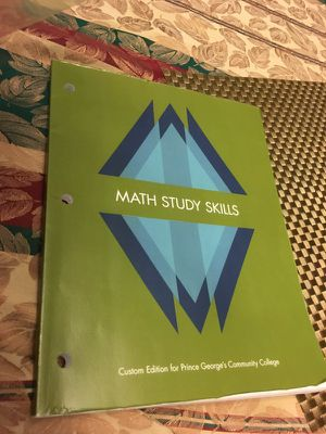 College books math study,thriving in college and the college experience compact for Sale in Hyattsville, MD