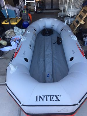 Intex Mariner 4 Inflatable Boat for Sale in Cave Creek, AZ