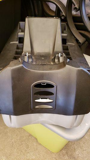 Car seat base. Base para porta bebe for Sale in Huntington Park, CA