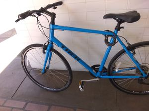 27in. Trek road bike for Sale in San Diego, CA