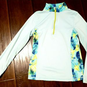 Girls dri fit pullover size 6 for Sale in Monrovia, CA