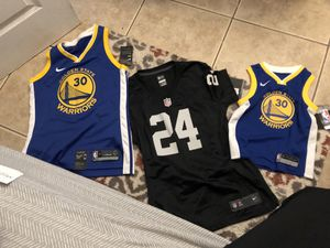 Original golden state women jersey and raiders for Sale in Compton, CA