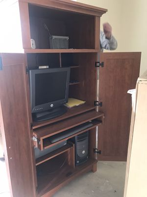 Office in a box computer armoire for Sale in Naperville, IL