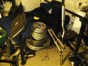 Weight Bench with Bar and Plates for Sale in Milwaukie, OR