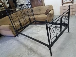 Full Size Black Metal Headboard Footboard Bed Frame for Sale in West Babylon, NY
