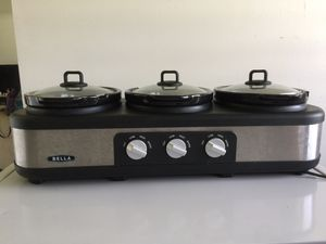 Bella three space crockpots for family gatherings or parties. for Sale in Hilo, HI